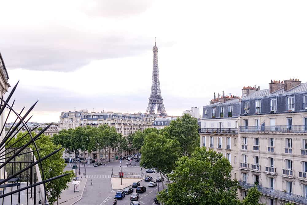 where to stay in the 7th arrondissement paris france