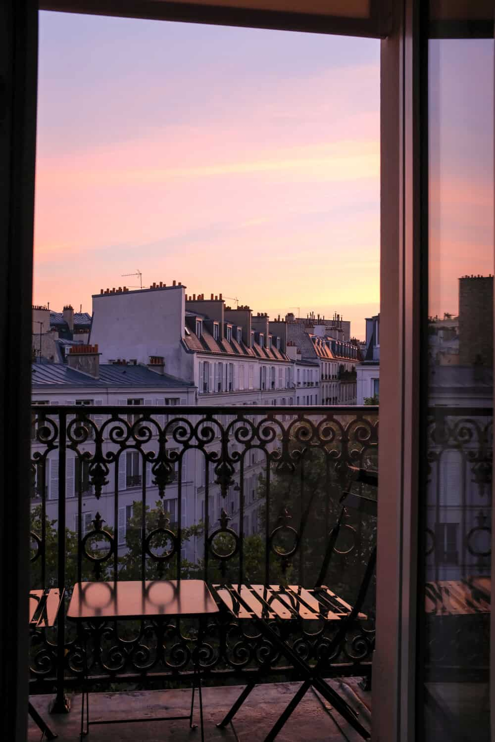 where to stay in the seventh arrondissement paris france
