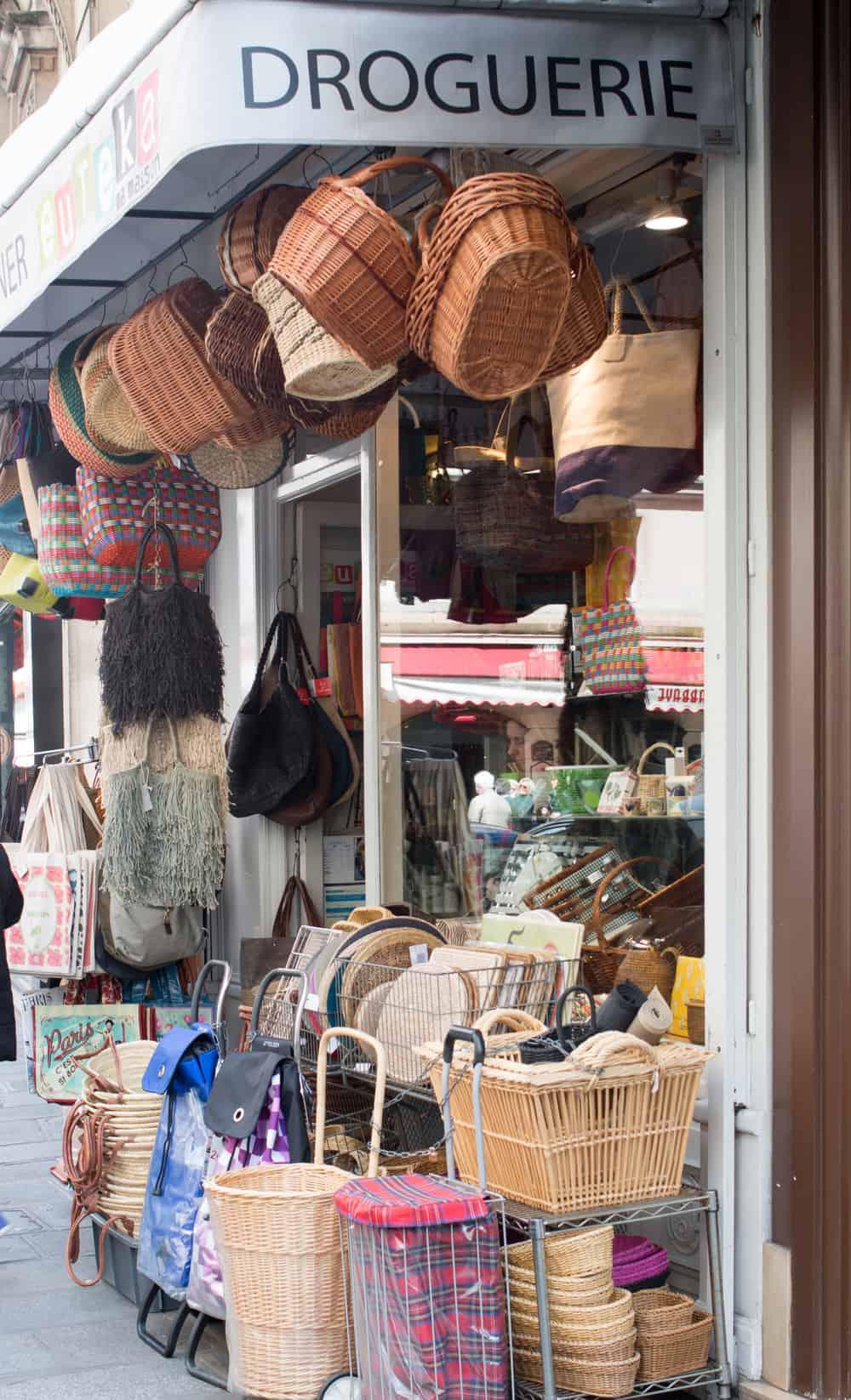 where to find a market basket in paris