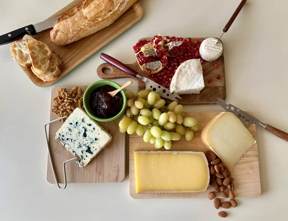 how to build a french cheese board everyday parisian