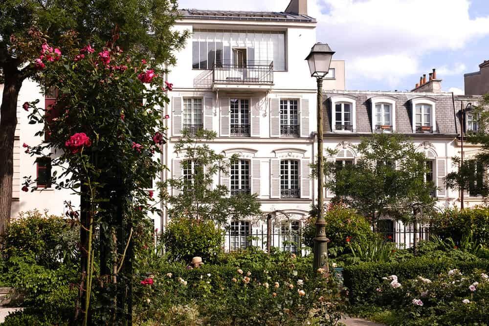 sunday summer in paris rebecca plotnick
