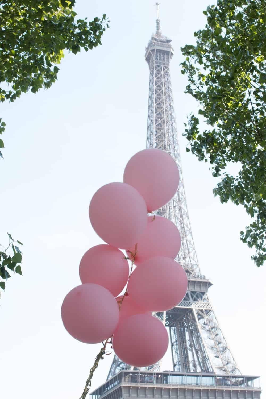 Shop Eiffel Tower Pink Balloons Print Here