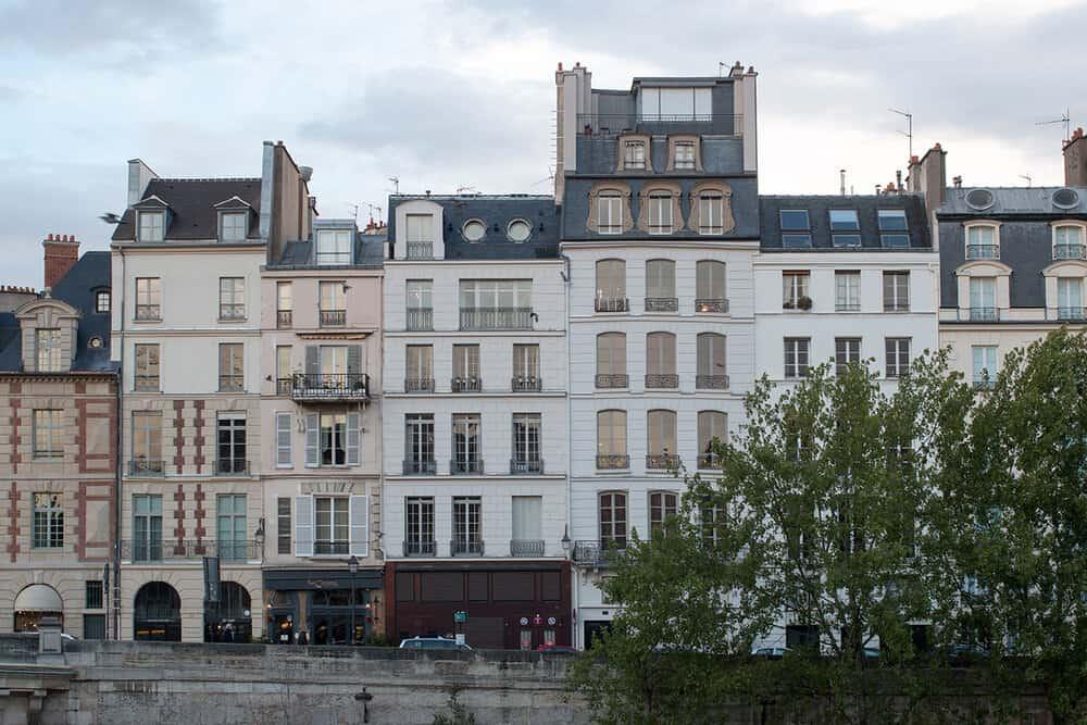 a walk through place dauphine everyday parisian rebecca plotnick