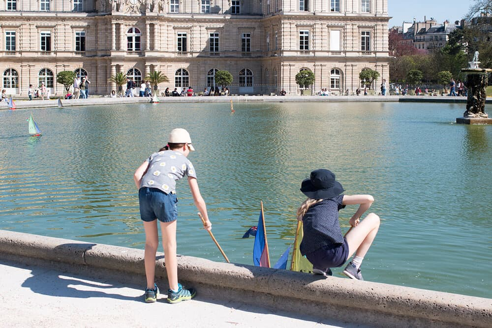 a walk through luxembourg gardens rebecca plotnick