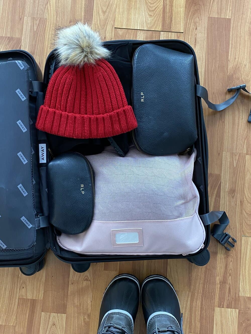 what to pack for a ski weekend everyday parisian