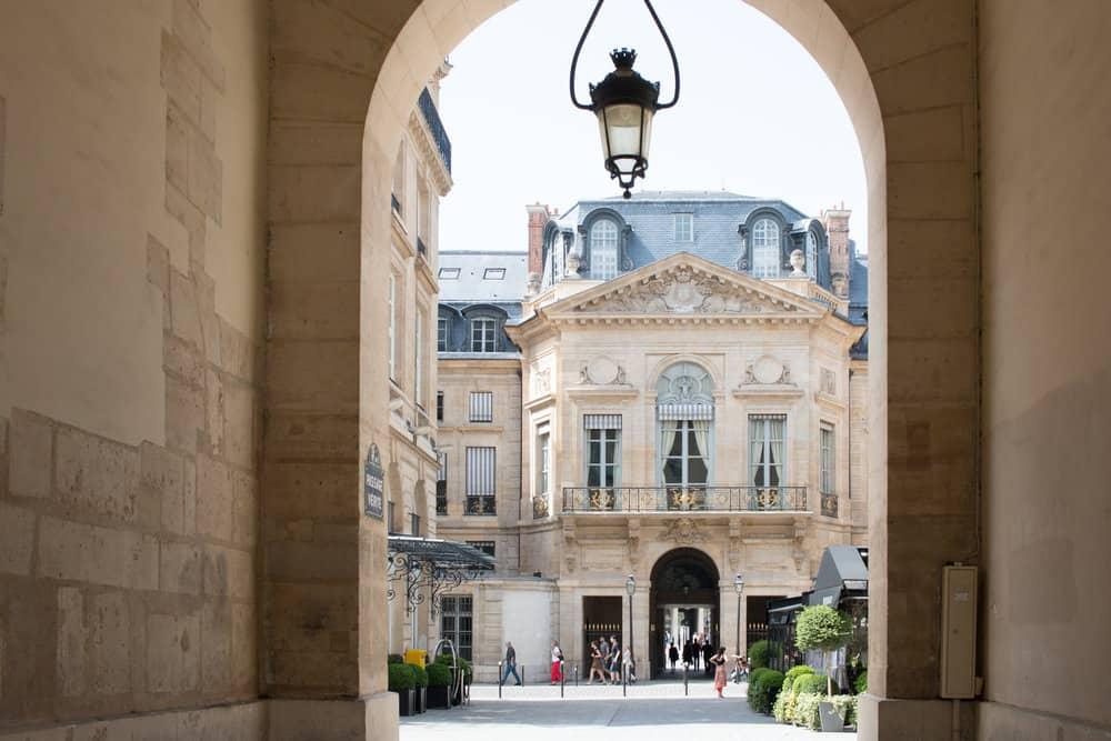summer in paris everyday parisian