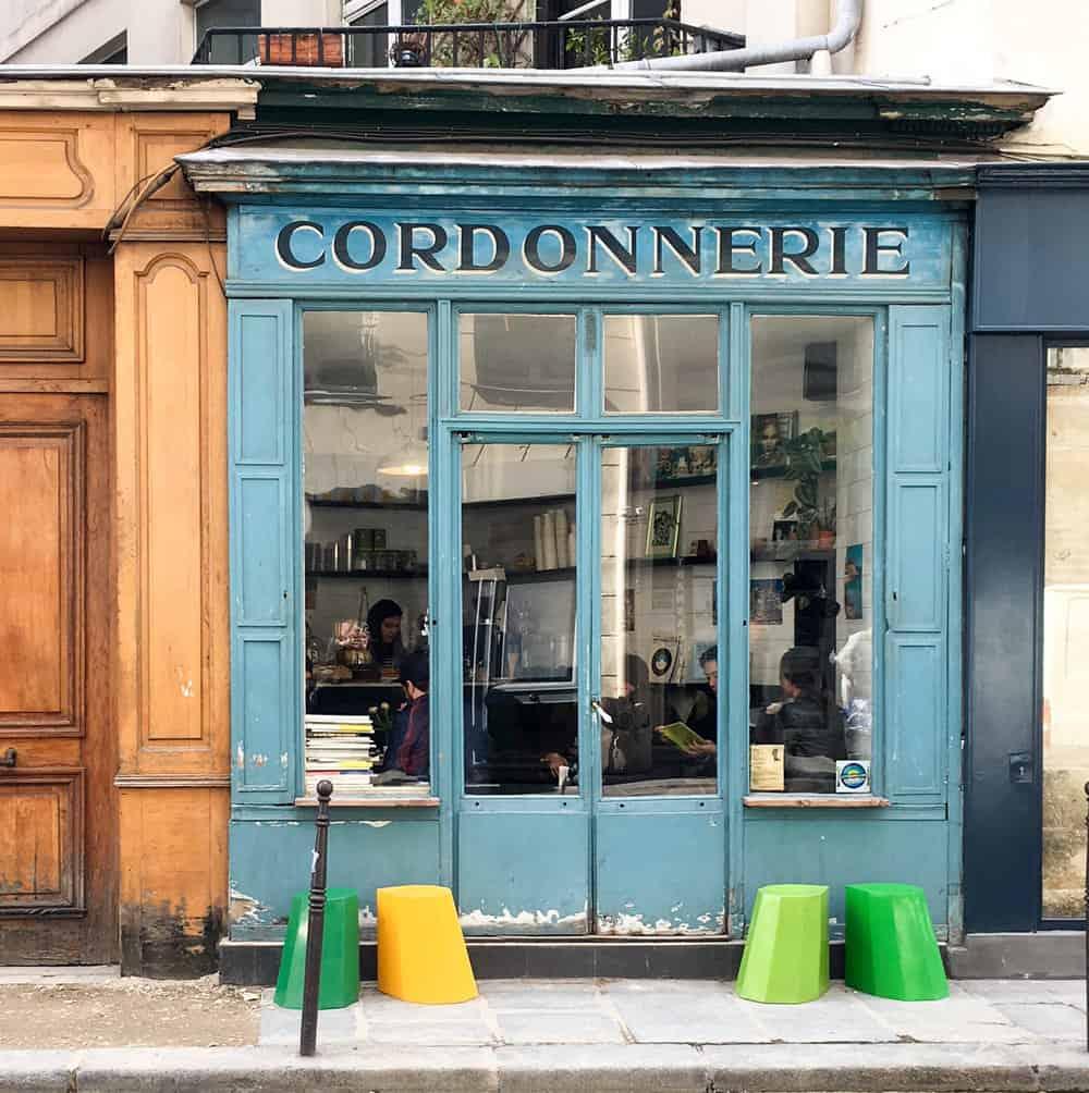 boot cafe paris france