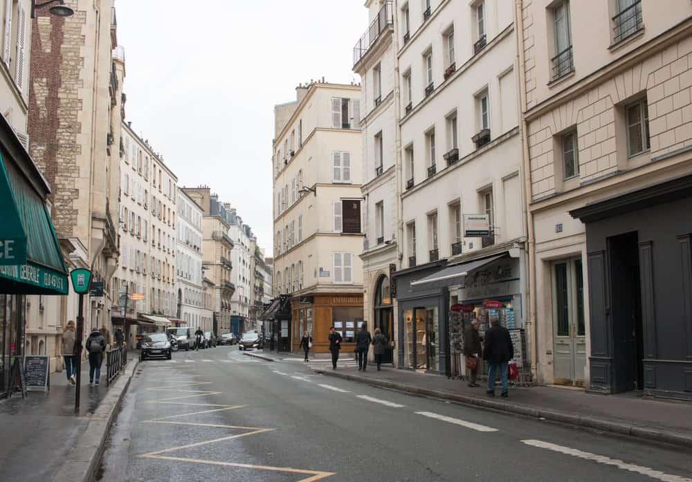everyday parisian spring in paris