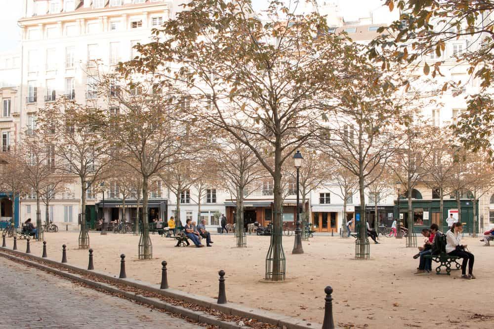 paris perfect rentals place dauphine apartment