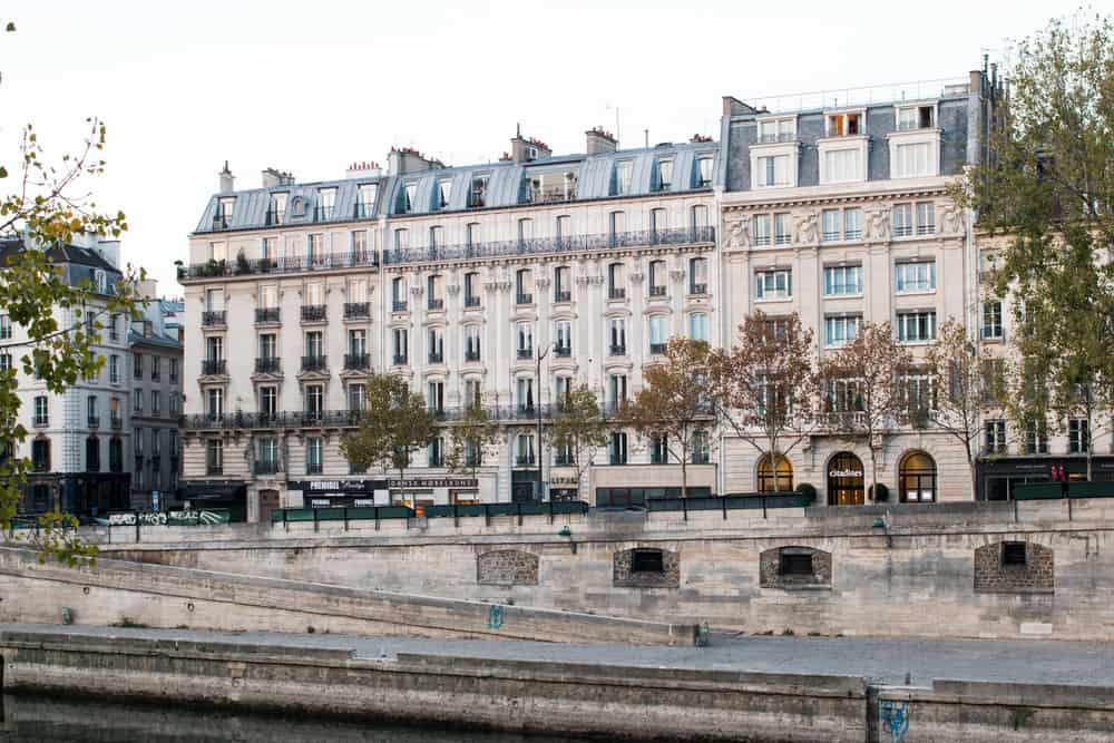 the paris diaries by everyday parisian