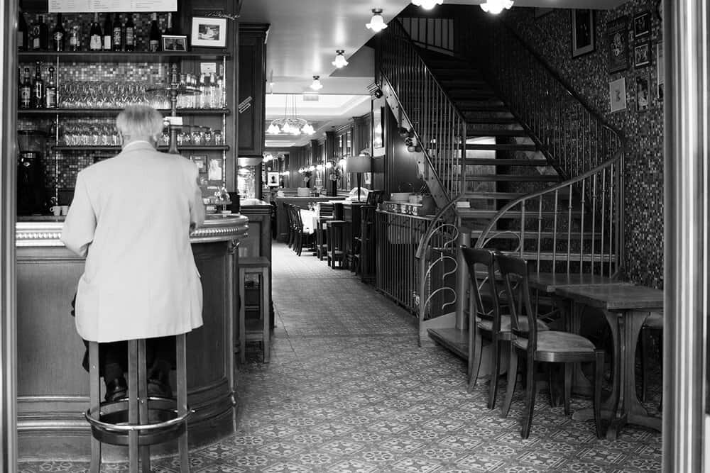 five ways to order coffee in paris france