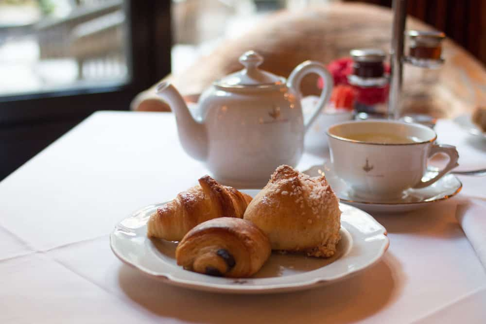 pavillon de la reine breakfast