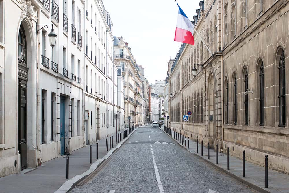 paris left bank Sunday