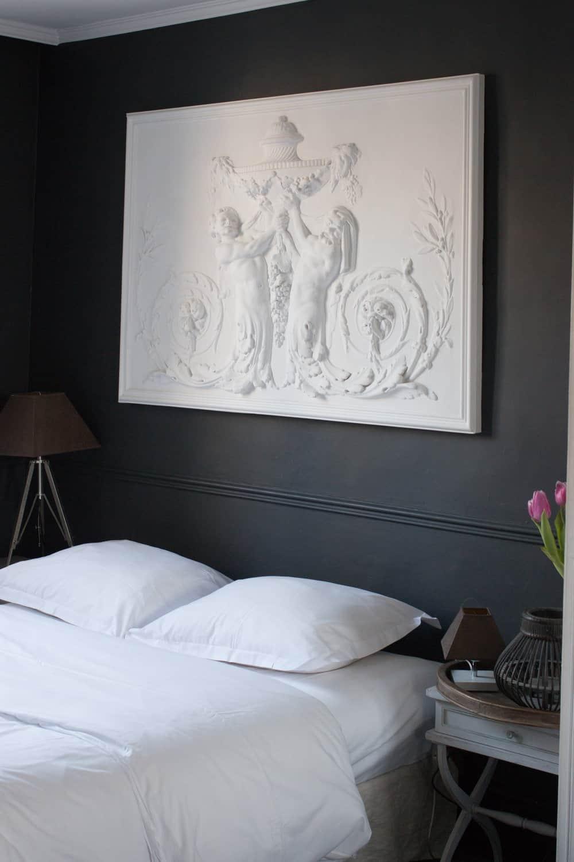 paris apartment in the marais by rebecca plotnick