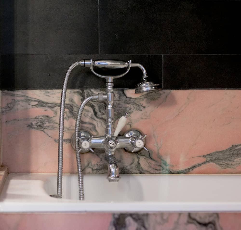 parisian pink bathroom in the marais