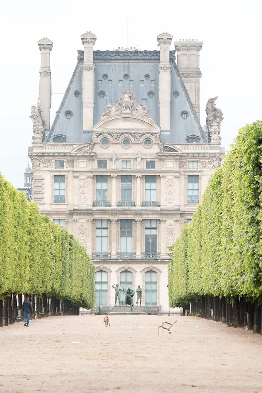 paris louvre tuileries in the summer via rebecca plotnick