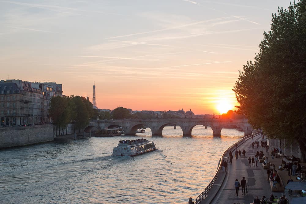 sunset over the seine in paris via everyday parisian