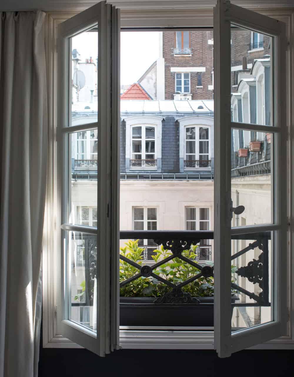 "paris window in the marais ""the paris plan"""