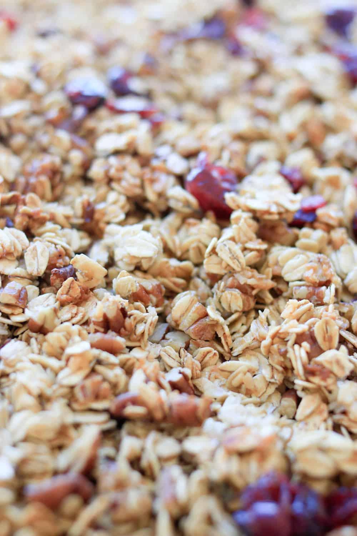 homemade granola recipe via everyday parisian
