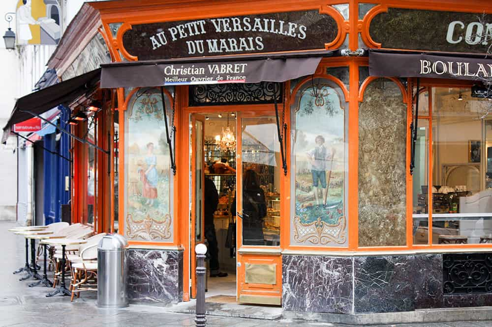 how to order a baguette in french with every day parisian paris boulangerie @rebeccaplotnick