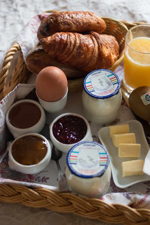 paris breakfast @rebeccaplotnick