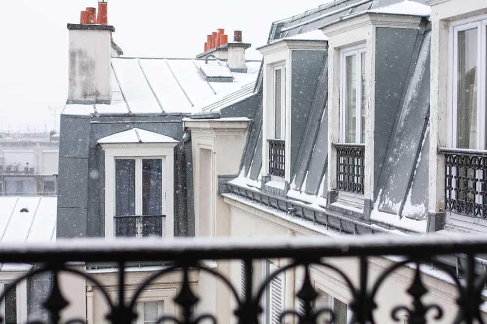 paris montmartre apartment in the snow @rebeccaplotnick