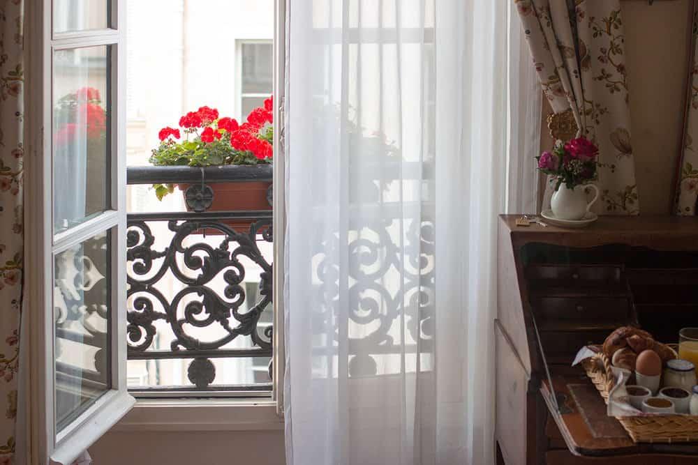 Paris Window @rebeccaplotnick