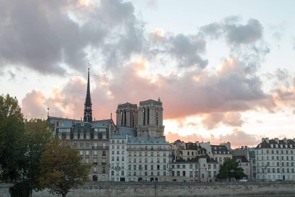 Sunset on the Seine @rebeccaplotnick
