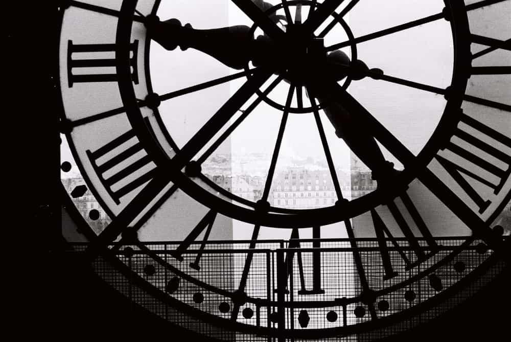 paris black and white clock