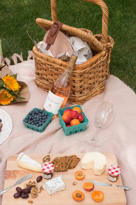 how to host a parisian picnic at home everyday parisian