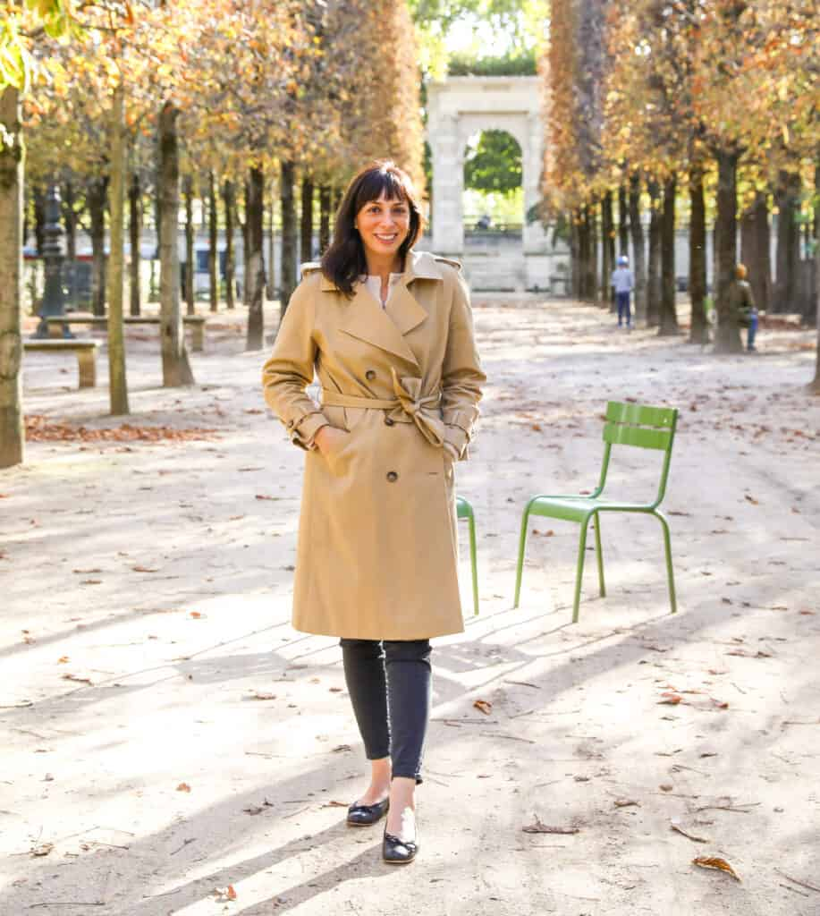 woman standing outdoors in Paris for Links I Love Week 41